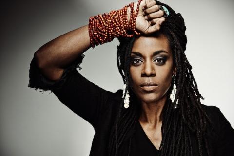 Akua Naru, artiste Hip Hop